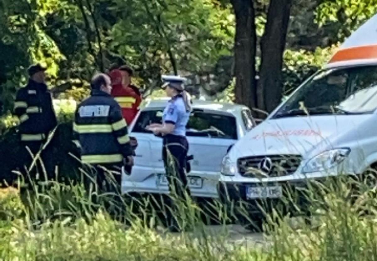 Accident în cartierul Bereasca din Ploiești. Două auto implicate – FOTO 1