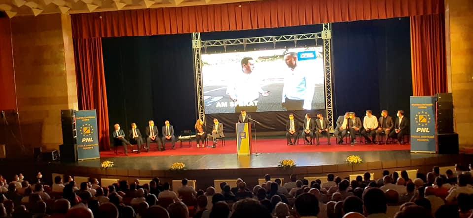 """Roberta Anastase, senator PNL: """"Le mulțumesc colegilor care mi-au acordat încrederea pentru a fi prim-vicepreședinte PNL Prahova"""""""